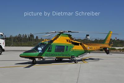 2011-09-23 MM81469 Agusta A109 Guardia di Finanzia