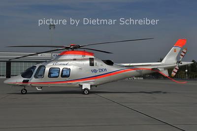 2011-10-06 HB-ZKH Agusta A109