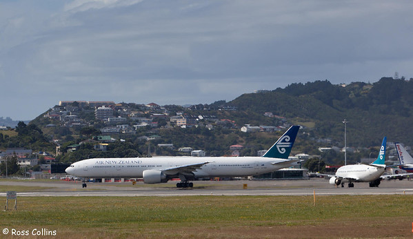 Air New Zealand's First Boeing 777-300, ZK-OKM, Wellington International Airport, 9 February 2011