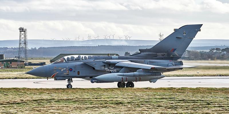 Tornado GR.4A 'Scud Hunter' (ZA400)  at RAF Lossiemouth - 6 March 2007