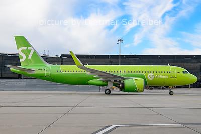 2021-04-11 VP-BTB Airbus A320neo S7 Airlines