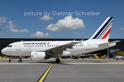2021-08-03 F-GUGI Airbus A318 Air France