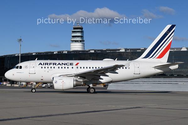 2020-12-26 F-GUGJ Airbus A318 AIr France