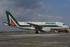 2013-04-01 EI-IMT Airbus A319 Alitalia