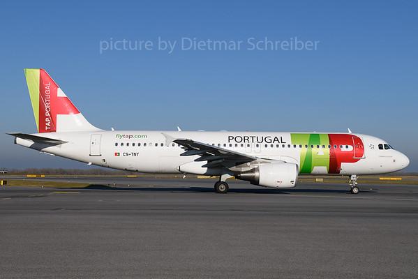 2017-12-25 CS-TNY Airbus A320 TAP AIr Portugal
