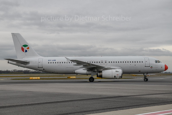 2017-12-21 OY-LHD Airbus A320 Danish Air Transport