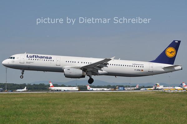 2011-06-22 D-AIRM AIrbus A321 Lufthansa
