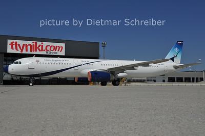 2011-07-12 EP-AGB Airbus A321 Meraj AIr / Iran Government