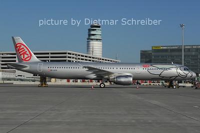 2011-05-31 OE-LEW Airbus A321 Flyniki