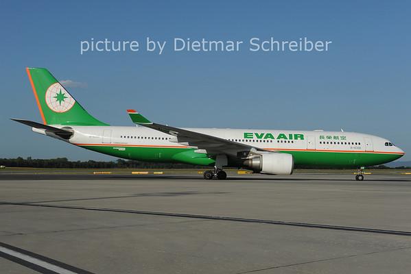 2012-08-24 B-16308 AIrbus A330-200 Eva Air