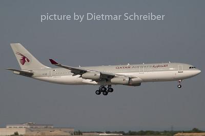 2009-08-02 A7-HHK Airbus A340-200 Qatar