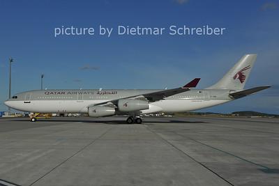 2011-07-20 A7-HHK Airbus A340-200 Qatar