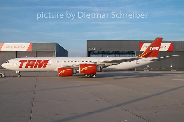 2008-10-12 PT-MSN Airbus A340-500 TAM