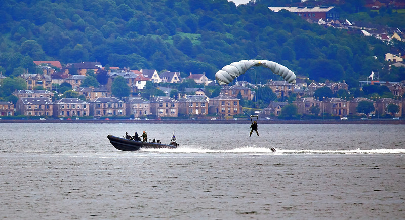 Submarine Parachute Assistance Group (SPAG) off Helensburgh - 8 July 2019