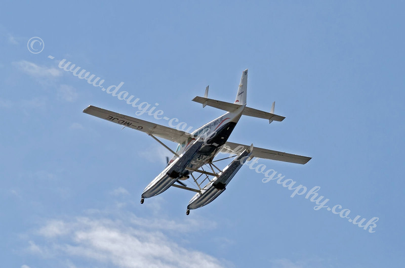Seaplane G-MDJE - River Clyde - 25 July 2011