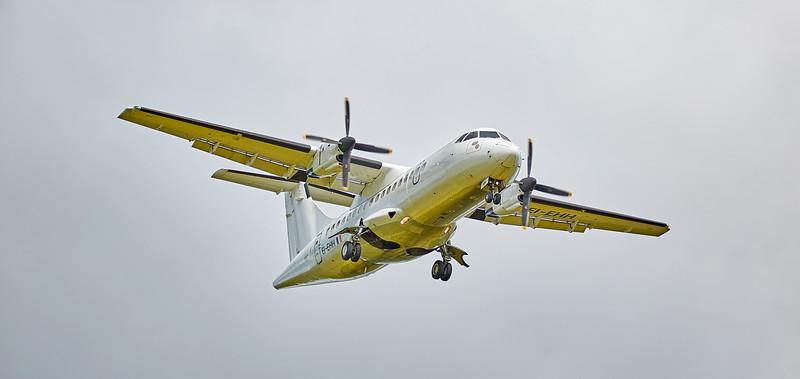 Stobart Air ATR-42-300 (EI-EHH) at Glasgow - 8 July 2016