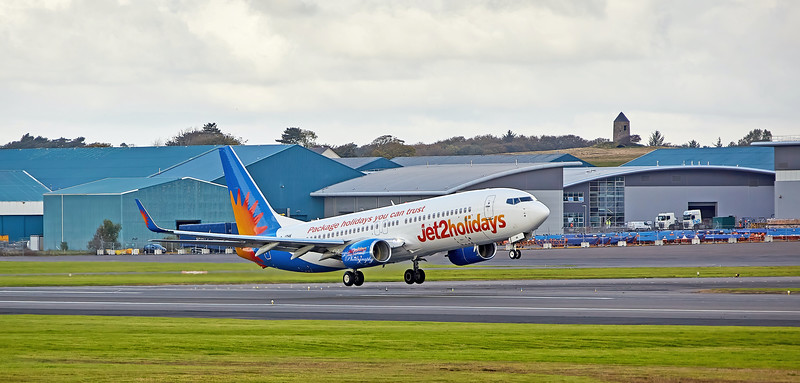 Boeing 737-8MG (G-JZHK) at Prestwick Airport - 14 October 2020