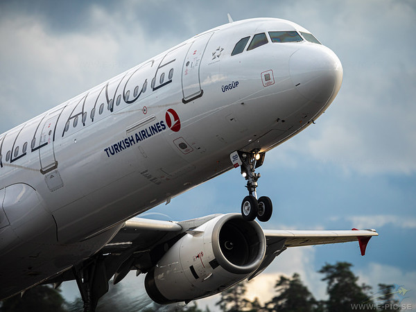 Airbus A321-231, TC-RJP, Turkish Airlines