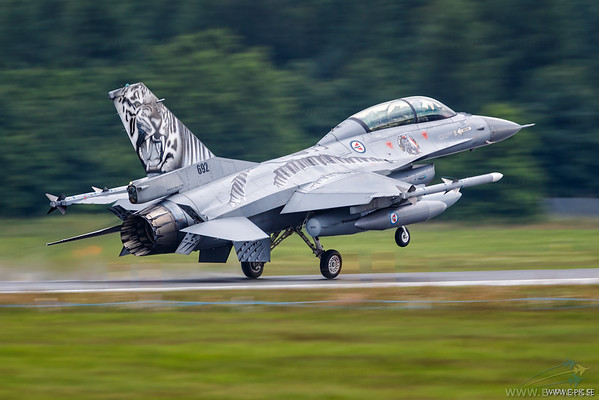 F-16B block 20 MLU, Norway