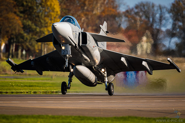 Saab JAS 39C Gripen - 231 armed with an IRIS-T missile