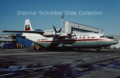 1986-02 LZ-BAC Antonov 12B (c/n 6343708) Balkan
