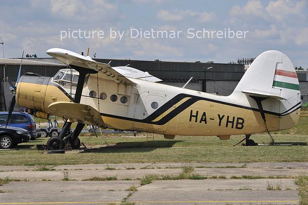 2011-06-25 HA-YHB Antonov 2