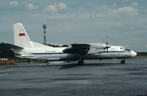 1990-07 CCCP-26082 Antonov 26 Aeroflot - Soviet Airlines