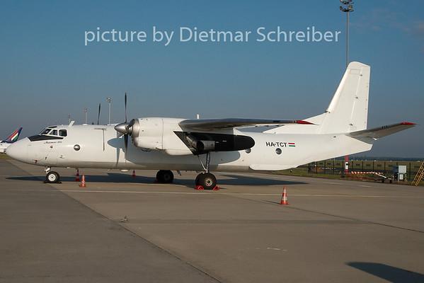 2010-10-08 HA-TCT Antonov 26