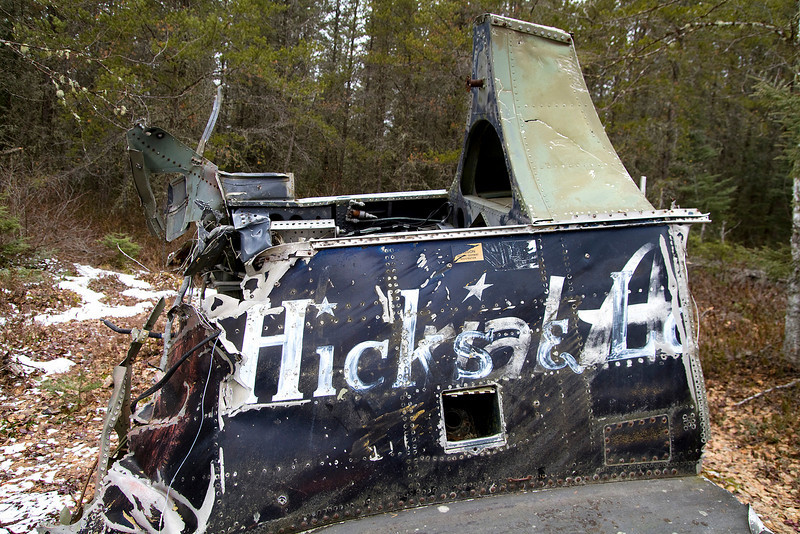 """I guess the 'new' owners couldn't really be bothered to remove the old text, you can see """"rial A""""  below the Hicks & La(wrence)."""