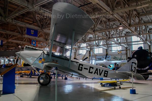 2007-04-27 G-CAVB Avro 594 Avian