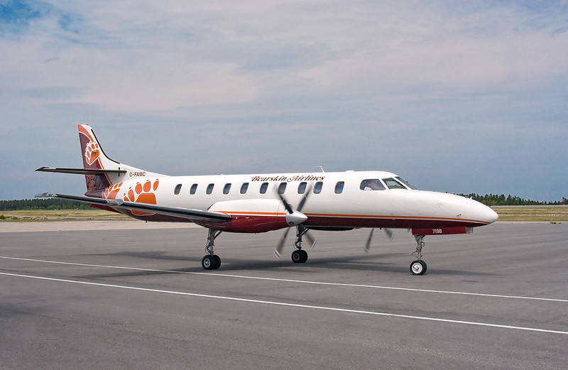 Bearskin Airlines Metro C-FAMC, flight JV361, repainted with Bearskins new colours. <br /> <br /> August 8th, 2007, Dryden ramp.
