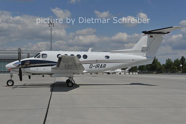 2011-07-01 D-IRAR Beech 200 KIng AIr
