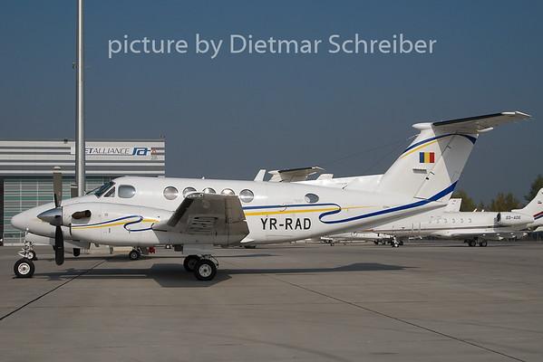 2010-10-13 YR-RAD Beech 200 King AIr