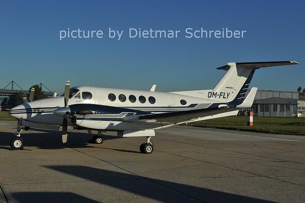 2011-09-13 OM-FLY Beech 200 KIng AIr