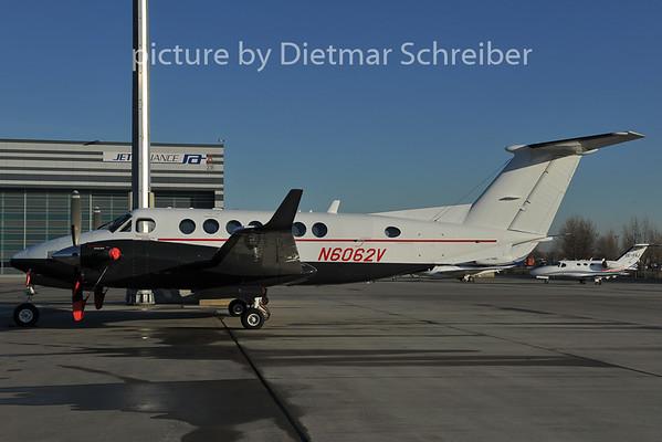 2011-12-13 N6062V Beech King Air 300