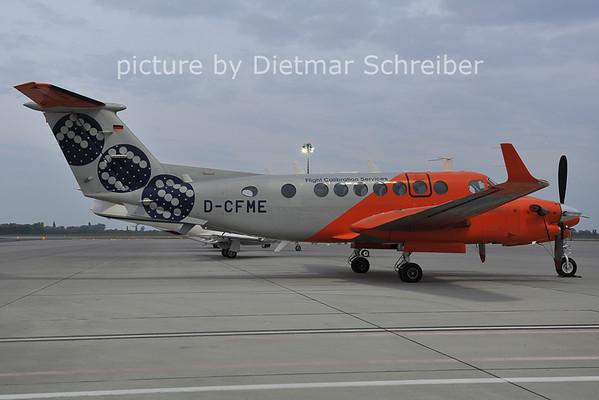 2011-10-06 D-CFME Beech 300