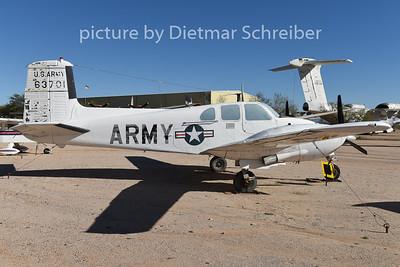 2015-02-08 56-03701 Beech 50  Twin Bonanza US Army