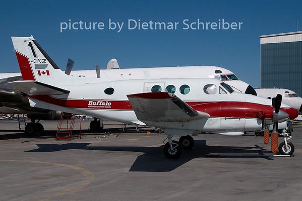 2009-05-29 C-FCGE Beech 90 King AIr Buffalo Airways
