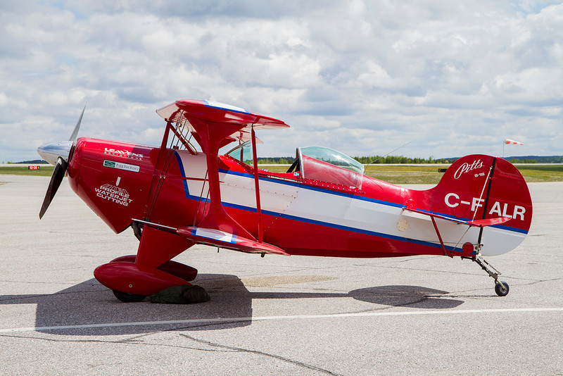 Pitts S-1S.