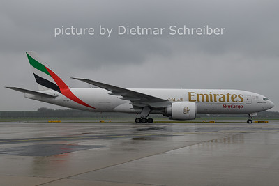 2021-04-13 A6-EFH Boeing 777-200 Emirates