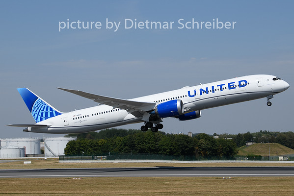 2020-08-08 N12010 Boeing 787-10 United AIrlines