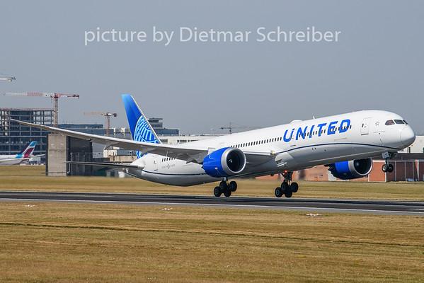 2020-08-08 N12010 Boeing 787-10 United AIrlines