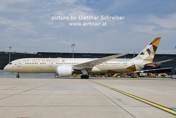 2021-05-22 A6-BLJ Boeing 787-9 Etihad