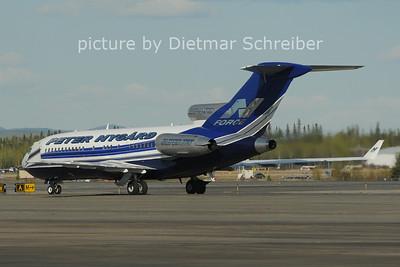 2012-05-17 VP-BPZ Boeing 727-100