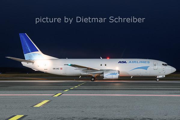 2020-12-17 OE-IAC Boeing 737-400 ASL Airlines