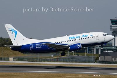 2020-08-08 YR-BAG Boeing 737-500 Blue AIr