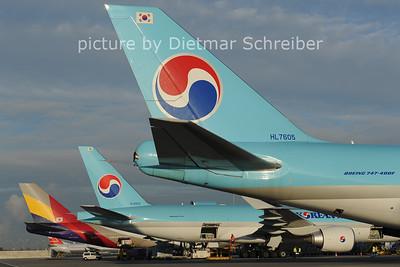 2012-10-30 HL7605 Boeing 747-400 Korean AIr