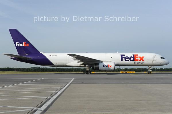 2012-06-06 N903FD Boeing 757-200 Fedex