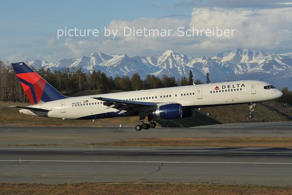2012-05-14 N681DA Boeing 757-200 Delta Airines