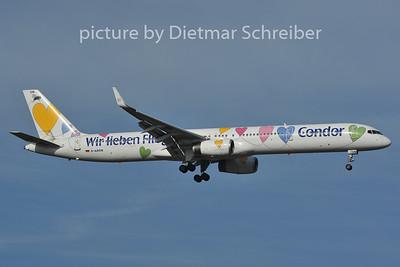 2011-11-06 D-ABON Boeing 757-300 Condor